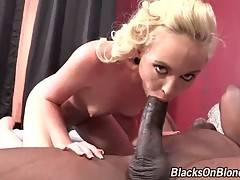 Miley May Gets Her Pussy Stretched 1